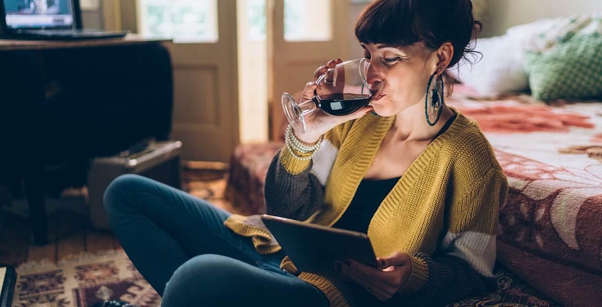 beber vinho em casa
